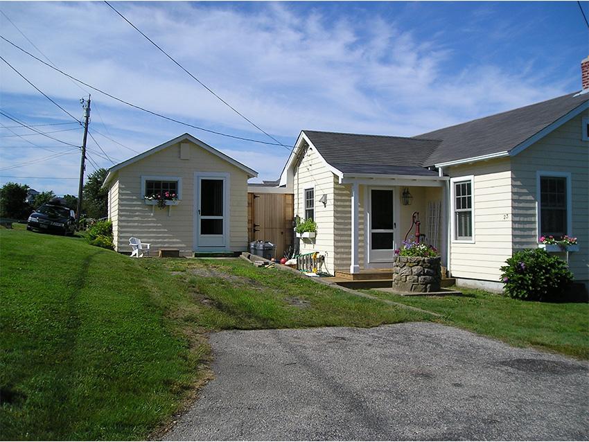 Clark Farms Services Residential Landscape 0000s 0003 P8110618